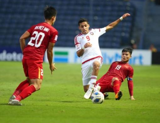 Bùi Tiến Dũng xuất sắc, U23 Việt Nam hoà vất vả U23 UAE