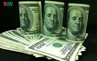 Giá USD trong nước đứng im dù thị trường thế giới tăng nhẹ