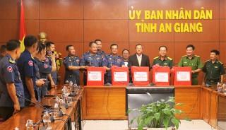 Bộ Tư lệnh Quân cảnh Vương quốc Campuchia chúc Tết tỉnh An Giang