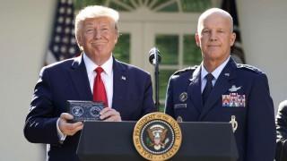 Tư lệnh Lực lượng Không gian đầu tiên của Mỹ nhậm chức