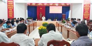 Phú Tân triển khai chương trình công tác năm 2020 và giao chỉ tiêu kinh tế - xã hội cho các xã, thị trấn