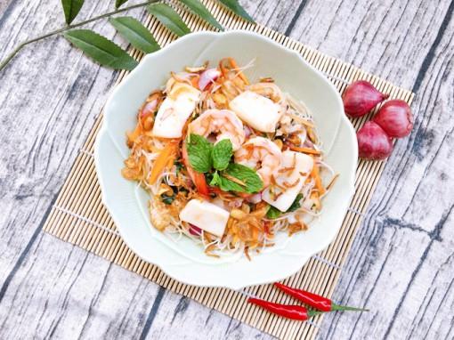 Bún gạo trộn hải sản