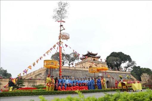 Nghi lễ 'Tống cựu nghinh Tân' tại Hoàng thành Thăng Long