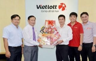 Chủ tịch UBMTTQ Việt Nam tỉnh An Giang Nguyễn Tiếc Hùng chúc Tết các doanh nghiệp thực hiện hoạt động an sinh xã hội tiêu biểu