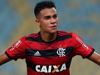 """Real có chữ ký của """"thần đồng"""" bóng đá Brazil"""