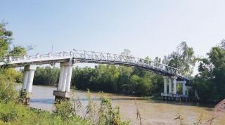 Hào phóng nối nhịp cầu nông thôn