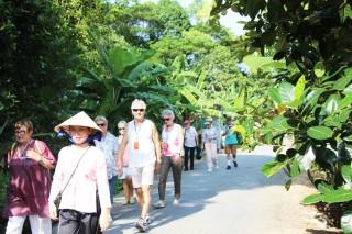 Hẹn em du Xuân vườn sinh thái