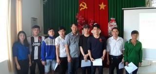 Trao lệnh gọi nhập ngũ cho 344 thanh niên Châu Phú