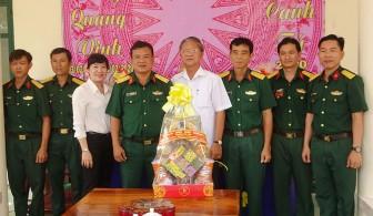 Chúc Tết lực lượng vũ trang huyện Tri Tôn