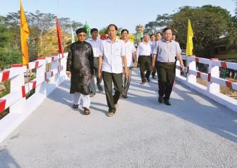 Khởi sắc kinh tế - xã hội huyện Châu Phú