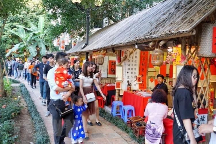 Những phong tục tập quán trong ngày Tết cổ truyền ở Việt Nam