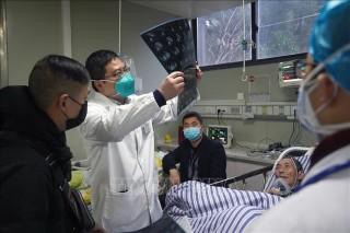 Số người thiệt mạng tại Trung Quốc do virus corona tăng lên thành 54 người