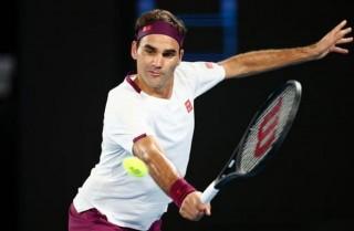 Federer ngược dòng vào tứ kết, cận kề ngày 'đại chiến' Djokovic