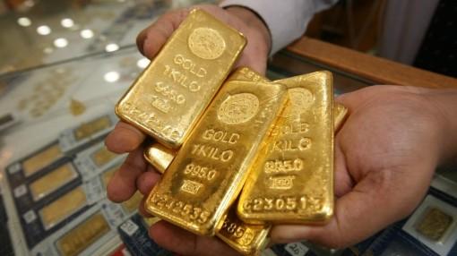 Giá vàng hôm nay 28-1: Lo ngại gia tăng, giá vàng vững vàng trên đỉnh