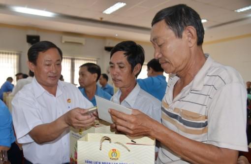 An Giang: 35,5 tỷ đồng chăm lo Tết cho người nghèo