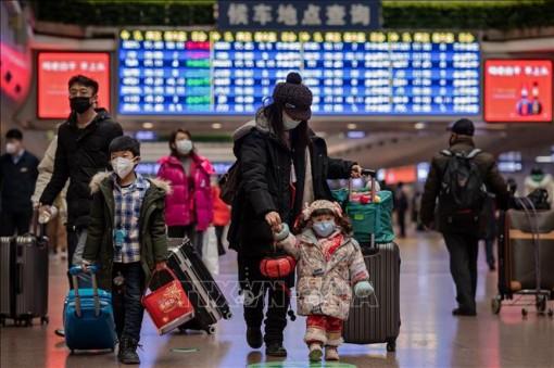 Trung Quốc kêu gọi công dân hoãn các chuyến du lịch ra nước ngoài