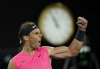 Nadal đối đầu Thiem, tranh vé vào bán kết Australian Open 2020