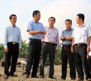 Phó Chủ tịch UBND tỉnh An Giang Trần Anh Thư thăm đồng đầu năm