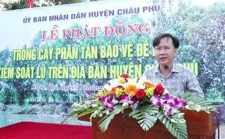 Châu Phú phát động trồng cây phân tán bảo vệ đê bao kiểm soát lũ