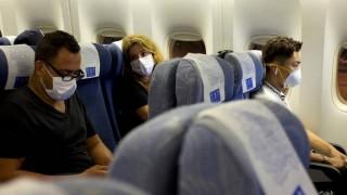 Hàng không một số nước đồng loạt đình chỉ bay đến và đi từ Trung Quốc
