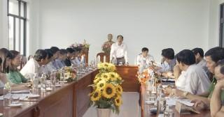 Châu Phú họp bàn về công tác phòng, chống dịch viêm đường hô hấp cấp do chủng mới của virus Corona gây ra