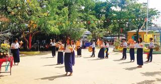 Giữ gìn bản sắc văn hóa Khmer trong trường học