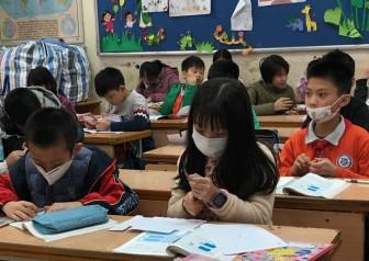 Nhiều trường tiếp tục cho học sinh, sinh viên nghỉ học tránh dịch đến ngày 17-2
