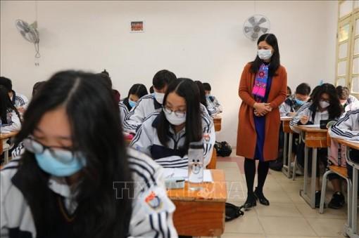 Các địa phương căn cứ tình hình thực tế dịch bệnh nCov để cho học sinh nghỉ học