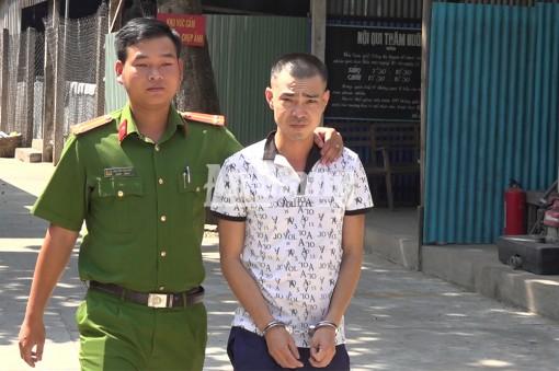 Khởi tố, tạm giam đối tượng tàng trữ trên 49 gram ma túy đá