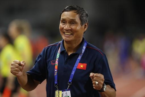 """HLV Mai Đức Chung: """"Tuyển nữ Việt Nam muốn gây bất ngờ trước Hàn Quốc"""""""