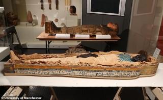 Soi chi tiết cực dị bên trong xác ướp Ai Cập 2600 tuổi
