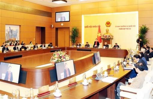 Đề nghị giữ nguyên số lượng đại biểu Quốc hội hoạt động chuyên trách