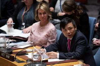 Việt Nam tán thành việc tái khởi động tiến trình hòa bình Trung Đông