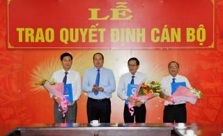 UBND tỉnh trao quyết định 3 lãnh đạo thuộc diện Ban thường vụ Tỉnh ủy An Giang quản lý