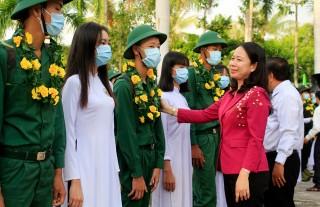1.250 thanh niên An Giang lên đường nhập ngũ