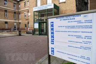 Pháp xác nhận ca tử vong đầu tiên do dịch COVID-19 bên ngoài Châu Á