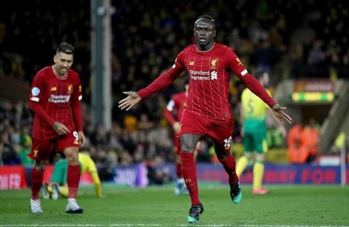 """Sadio Mane cán cột mốc 100 bàn, Liverpool nhọc nhằn """"vượt cạn"""" trước đội bét bảng"""