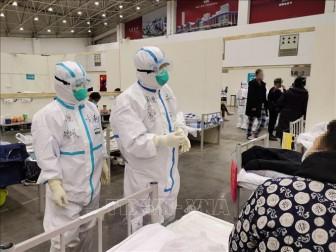 Đã có 2.000 ca tử vong do COVID-19 tại Trung Quốc đại lục