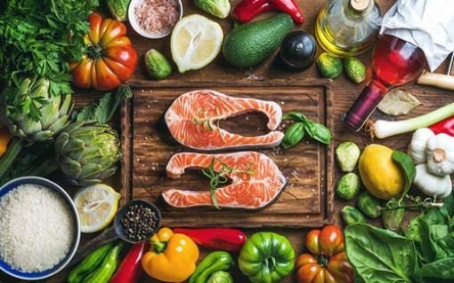 Khuyến khích người cao tuổi ăn uống theo chế độ Địa Trung Hải