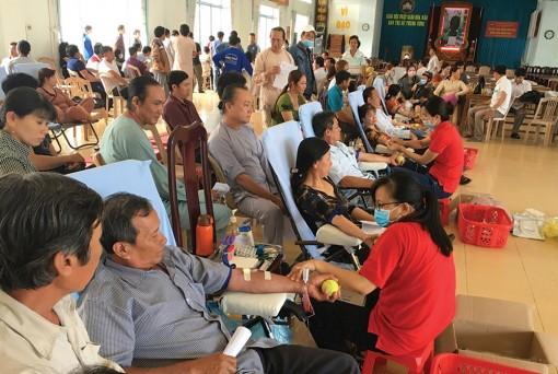 Hiến máu cứu người trong mùa dịch bệnh