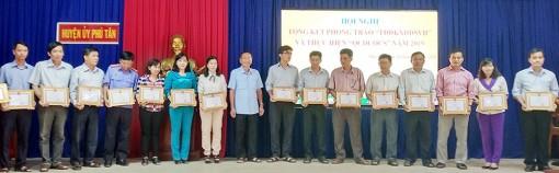 Phú Tân: Lấy chất lượng làm trọng tâm trong xây dựng các danh hiệu văn hóa