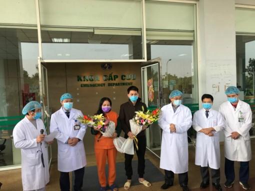 Liên tục điều trị khỏi COVID-19, phác đồ của Việt Nam được đánh giá cao