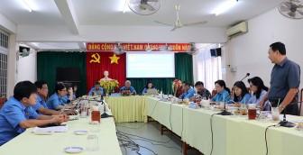 Liên đoàn Lao động tỉnh An Giang làm việc với các khối thi đua