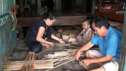 Làng nghề đan đát xã Long Giang giải quyết việc làm cho lao động nhàn rỗi