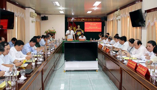 Chủ tịch UBND tỉnh An Giang Nguyễn Thanh Bình làm việc với Ban Thường vụ Thị ủy Tân Châu