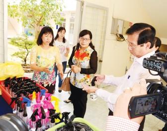 Sản xuất dung dịch rửa tay nhanh cho học sinh
