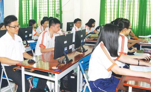 Học sinh, sinh viên học tập linh hoạt trong mùa dịch bệnh