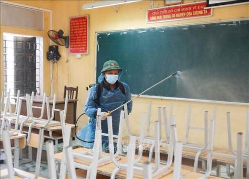 Bộ GD-ĐT hướng dẫn phòng, chống dịch bệnh khi học sinh trở lại trường học
