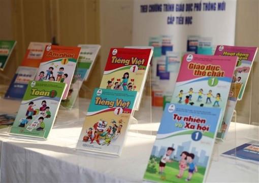 Bộ Giáo dục và Đào tạo phê duyệt thêm 7 sách giáo khoa lớp 1