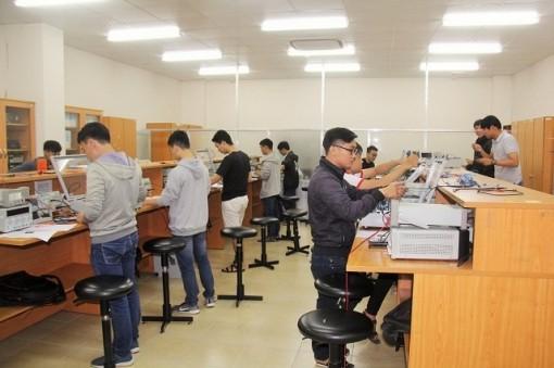 Đại học quốc gia TP Hồ Chí Minh lùi thời gian thi đánh giá năng lực
